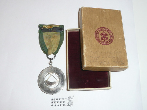 Ranger Award Medal, 1940's, Lite wear to pendant but ribbon has some fade and pin bar is missing, Original Box