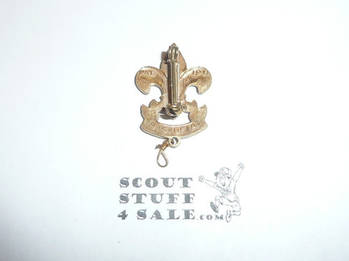 First Class Scout Rank Pin (Could be used as Generic Scouting Collar Pin), Spin Lock Clasp, 33mm tall (incl knot), PAT 1911 & BS of A back markings, wire knot, indent back