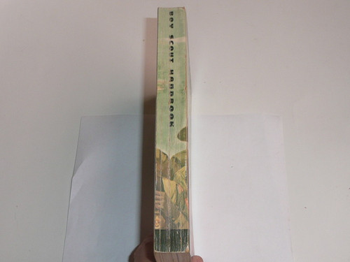 1970 Boy Scout Handbook, Seventh Edition, Sixth Printing, Near MINT condition, Don Lupo Cover