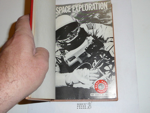Space Exploration Library Bound Merit Badge Pamphlet, Type 7, Full Picture, 5-67 Printing