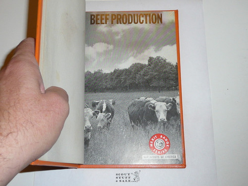 Beef Production Library Bound Merit Badge Pamphlet, Type 7, Full Picture, 8-72 Printing