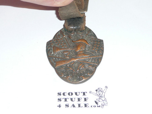 Bronze Boy Scout Watch Fob, Crossed Flags and Rifle