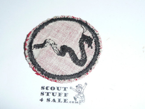 Rattlesnake Patrol Medallion, Felt No BSA & Gauze Back, 1927-1933, Lt. Use with some mothing