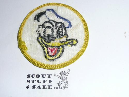 Donald Duck Patrol Medallion, White Twill with gauze back, 1972-1989 - RARE DISNEY
