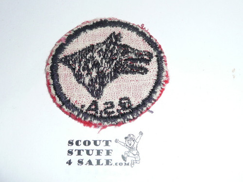 Wolf Patrol Medallion, Felt w/BSA & Solid Black Ring back, 1933-1939, Used