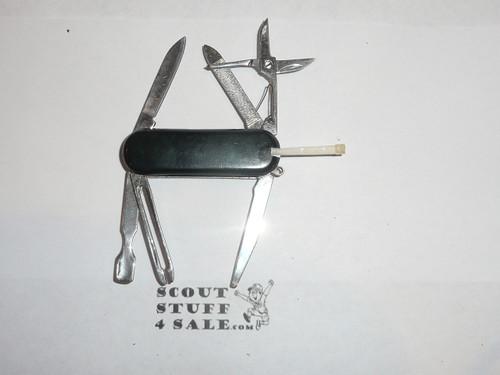 Trails End Boy Scout Knife, black body, litely used, no tweezer
