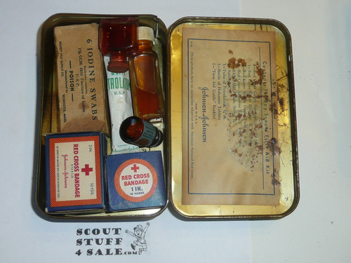 1930's Boy Scout Johnson and Johnson First Aid Tin, WIth Contents, lite Wear to Tin #8