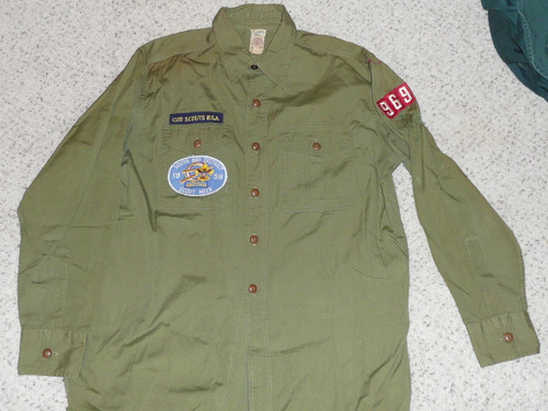 """1950's Boy Scout Uniform Shirt with patches from Los Angeles Area Council, Poplin with better buttons, 23"""" Chest and 31"""" Length, #FB14"""