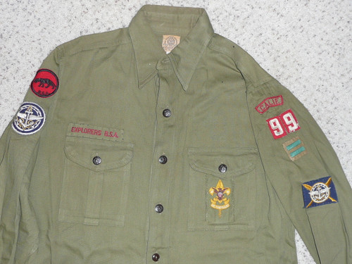 """1940's Boy Scout Explorer Uniform Shirt with insignia from CA, 14"""" neck 21"""" Chest and 28"""" Length, #FB27"""