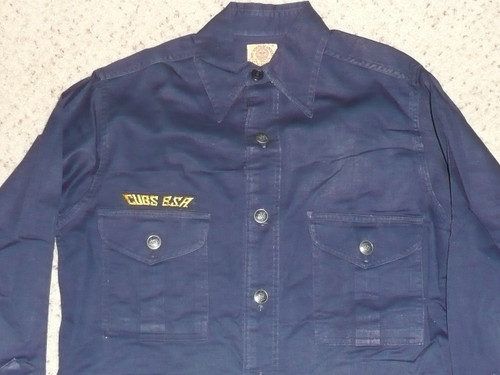 """1940's Boy Scout Cub Uniform Shirt with metal buttons, very good condition, 17"""" chest 26"""" length, #FB78"""