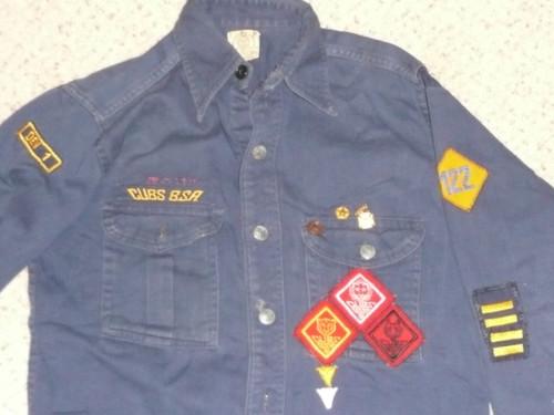 "1940's Boy Scout Cub Uniform Shirt of a very accomplished Scout, felt ranks and felt DIAMOND unit number 122, 18"" chest 26"" length, #FB79"