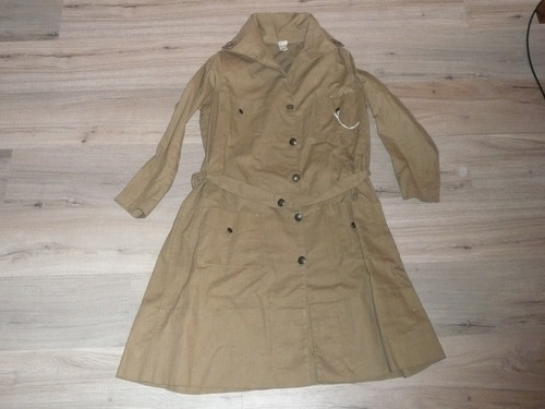 Teens-1920's Girl Scout Uniform in near MINT condition, Metal Buttons, Size 16, GS1