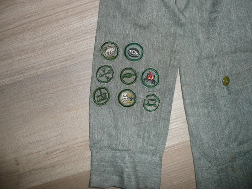 """1930's-40's Girl Scout Uniform with patches and hat, 20"""" chest x 46"""" length, GS9"""