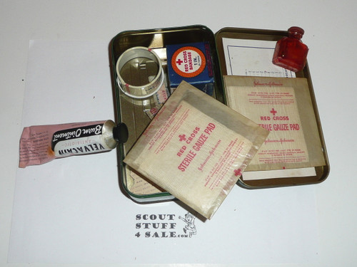 1930s girl scout first aid tin, Great condition, some contents