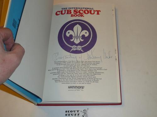 1981 The International Cub Scout Book