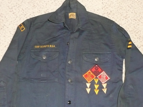 """1950's Boy Scout Cub Uniform Shirt with metal buttons and lots of insignia, 18"""" chest 24"""" length, #BD33"""