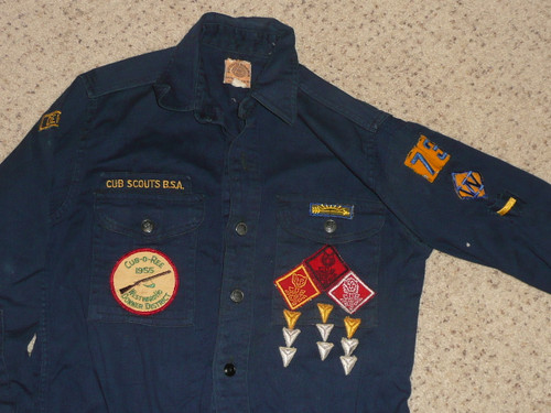 """1950's Boy Scout Cub Uniform Shirt with metal buttons and lots of insignia, 18"""" chest 24"""" length, #BD34"""