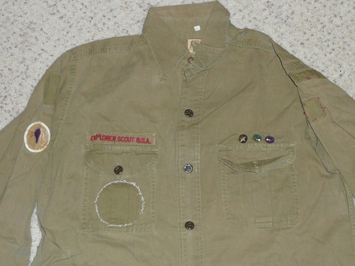 """1930's Boy Scout Uniform Shirt with metal buttons, 22"""" Chest and 29"""" Length, #BD40"""