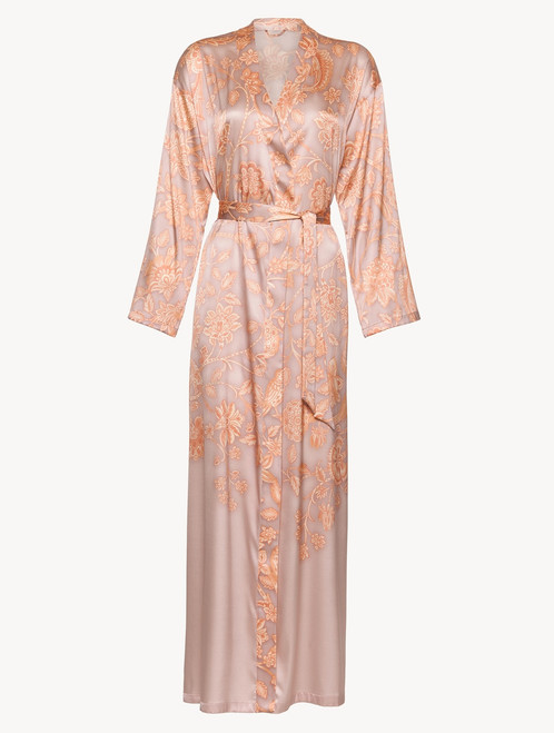 Robe in pink silk satin