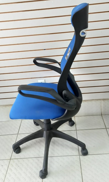 CHAIR OFFICE BLUE WITH HEAD & ARM REST SOHO 972556