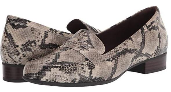 Footwear Clarks Women's Juliet Coast Loafer WIDE