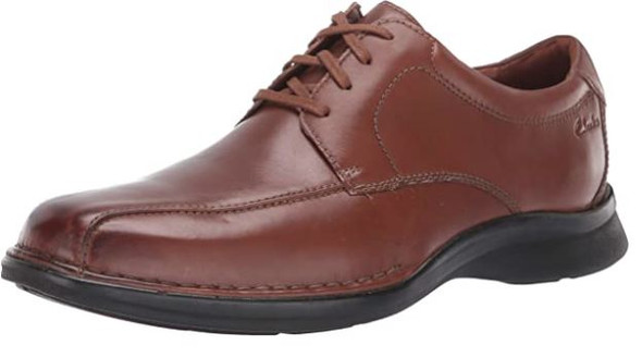 Footwear Clarks Men's Kempton Run Oxford Tan Leather