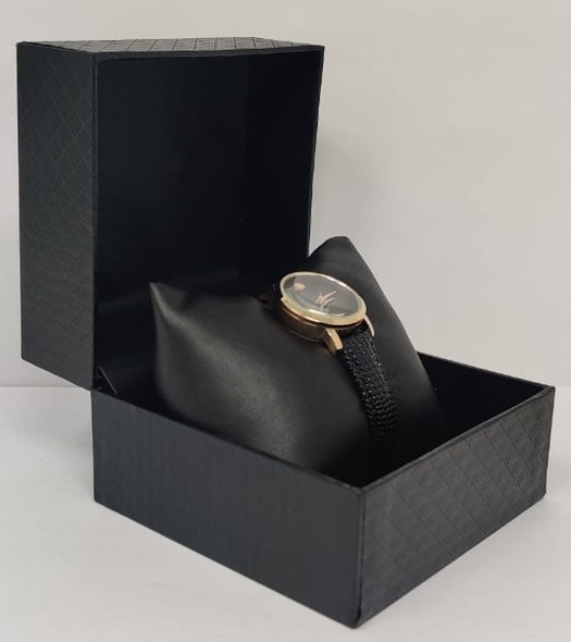 Watch Fashion Generic Women Rose Gold With Black Leather Ripple Strap