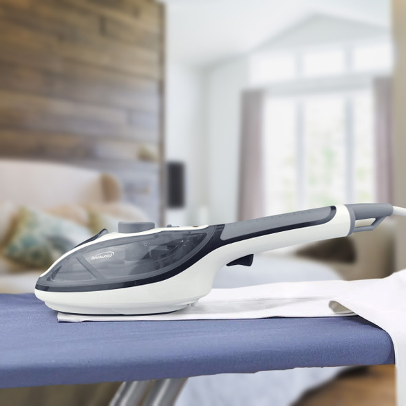 FABRIC STEAMER BRENTWOOD MPI-41 PORTABLE STEAM IRON & CLOTHES STEAMER