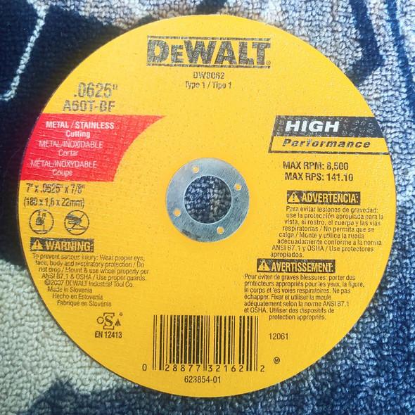 """DISC 7"""" .0625"""" DEWALT DW8062 METAL CUTTING"""