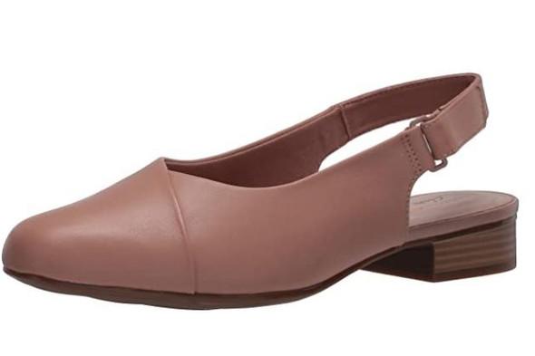 Footwear Clarks Women's Juliet Pull Loafer Praline Leather