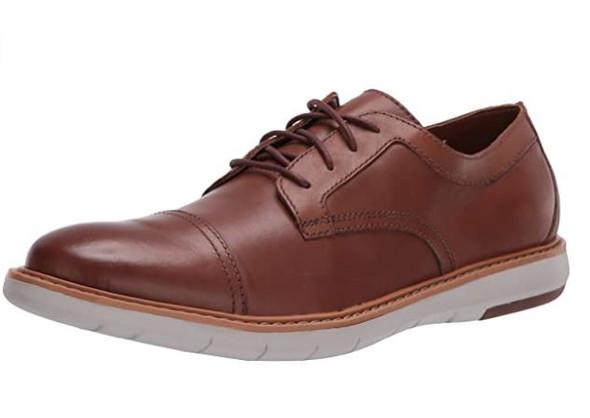 Footwear Clarks Men Draper Cap Oxford Tan Leather With Beige Outsole