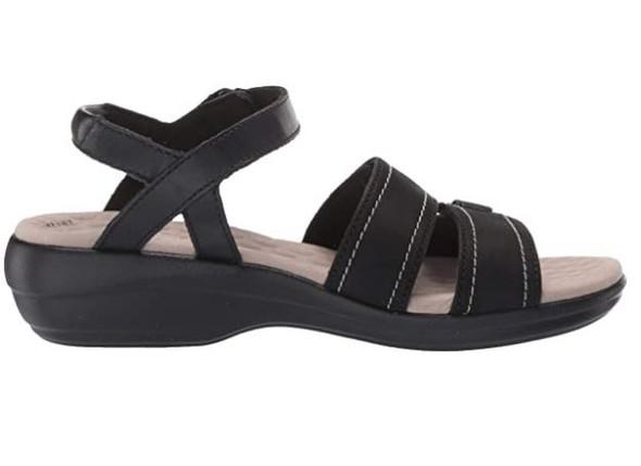 Footwear Clarks Women's Alexis Shine Sandal Black Leather/Nubuck Combi