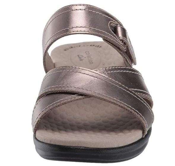 Footwear Clarks Women's Alexis Art Flat Sandal Pewter Metallic Leather
