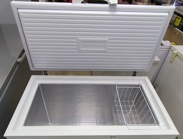 FREEZER MAGIC KING 9.1CF MF255C