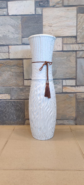 """VASE 24"""" EQ131 WHITE WITH BROWN ROPE"""