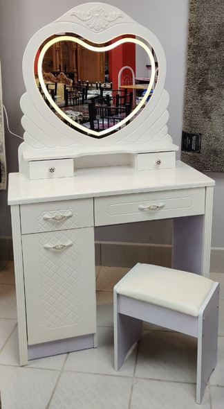 DRESSER WITH LIGHTED MIRROR & SEAT 658 HEART WHITE