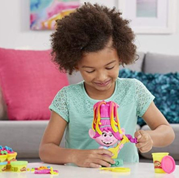 Toy Play-Doh Trolls World Tour Rainbow Hair Poppy Styling  with 6 Non-Toxic Colors