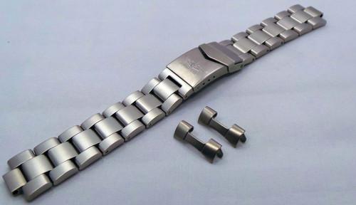 Aviator Bracelet 20mm Matte Stainless Steel-Avi.20.B.S