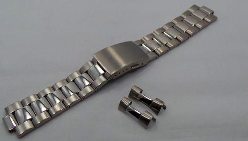 Aviator Bracelet 22mm Matte-Polished Stainless Steel-Avi.22.B.S