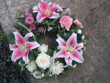 Funeral Wreaths - Style 5