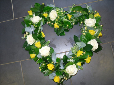 Yellow and White Open heart