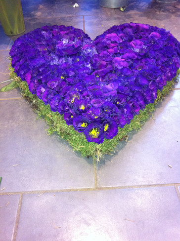 Purple solid heart