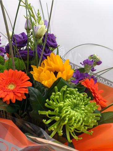3.Vibrant Bouquet