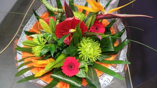 2.Tropical Bouquet