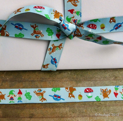 Waldzwerg Post ribbons from our online fabric store! Washable and non-toxic, this trim doesn't bleed and is even safe for baby clothes! $1.75