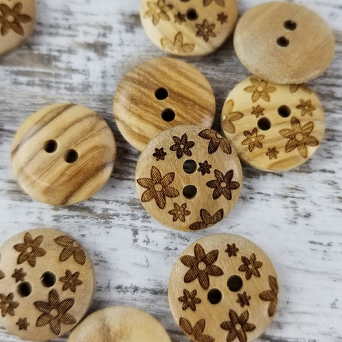 Wooden Button:  Flowers