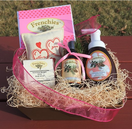 J'aime Frenchies' Winter Berry Pine Gift Pack