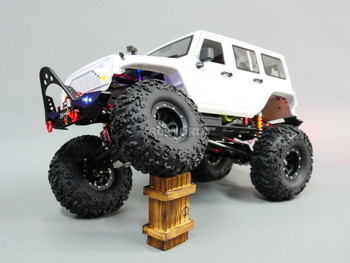 1/10 RC Jeep Wrangler Rubicon V8 Rock Crawler 8.4V *RTR* White