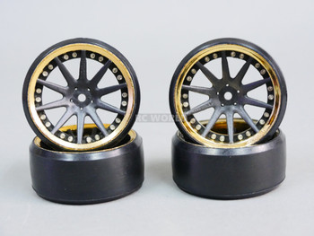 Fly Wheels 1/10 Large 2.2 Drift Wheel Set Stagger 6mm + 9mm Chrome + Black
