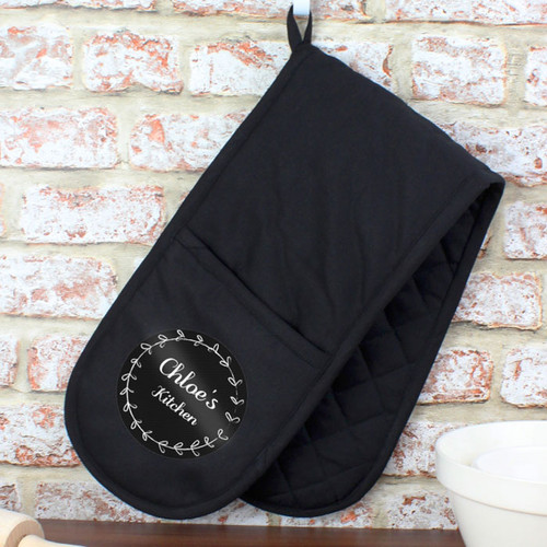 Black Personalised Wreath Kitchen Oven Gloves